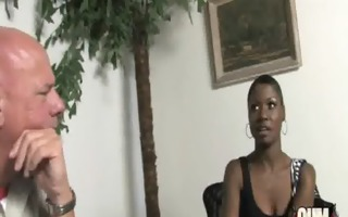 hot ebony chick in interracial bang 12