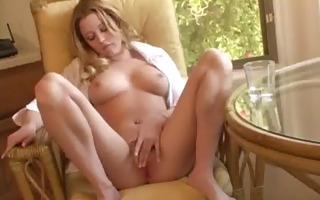gal plays with 2 dildos