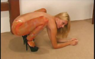 flexi jody bending her body