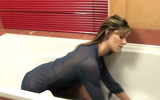 petite pee fetish hottie bathroom in urine and