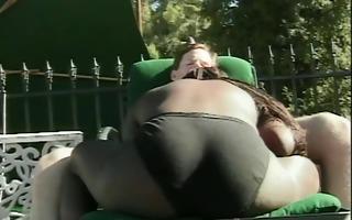 sexy black honey sucking a biggest hard white wang