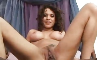 devery has her enchanting pussy stretched wide