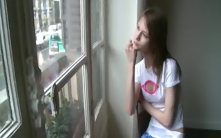 beata coed awaiting her boyfriend