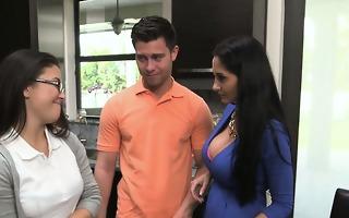 stepmom helps daughter study anatomy of bfs cock