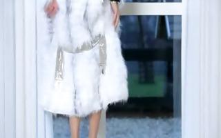 mind boggling brunett hottie in white heels